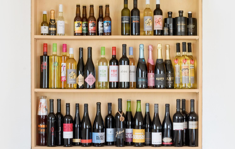Logez Getränke Etiketten Regal